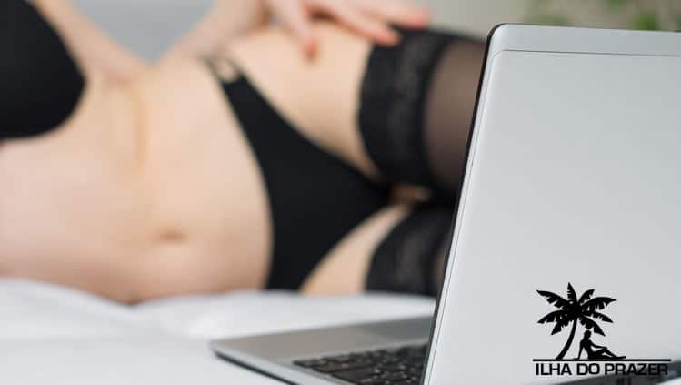Sexo virtual, mulheres nuas na webcam ao vivo!